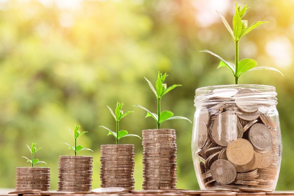 Mit Geld kommt Gelassenheit:<br>Wie du als Frau finanziell unabhängig wirst<br>und bleibst